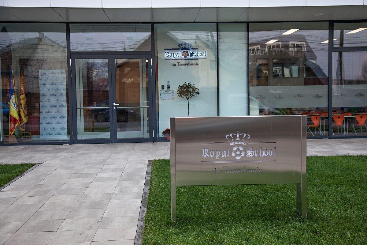 Royal School - Cluj- Napoca